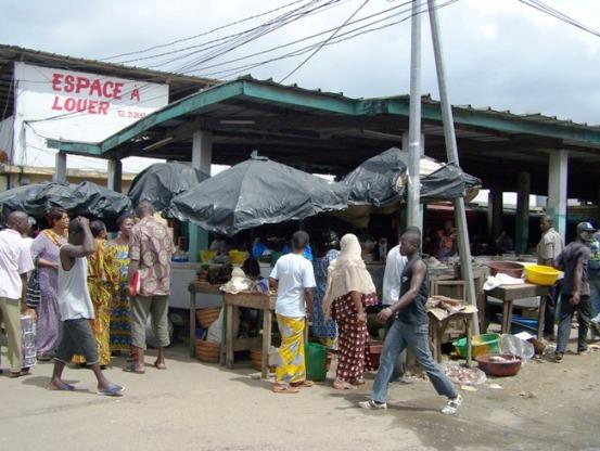 Un marché d'Abidjan