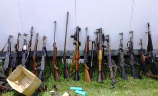 La prolifération des armes légères constitue un problème de sécurité