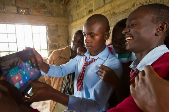 Microsoft veut aider la jeunesse ivoirienne