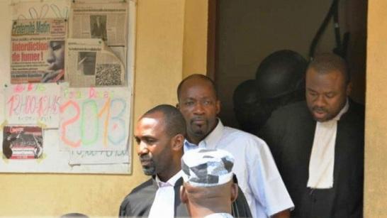 Blé Goudé à sa sortie d'audition avec ses avocats