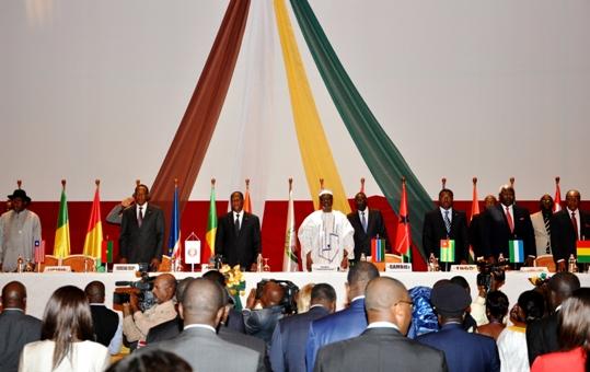 La CEDEAO rétiaire sa mobilisation pour le Mali et la Guinée Bissau