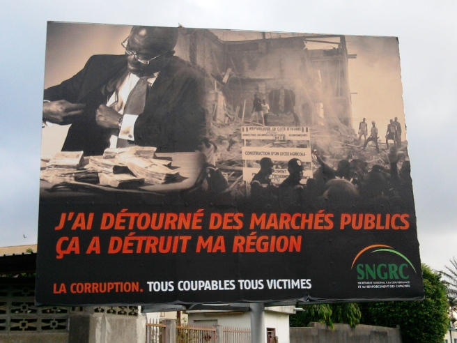 Panneau de sensibilisation contre la corruption (Abidjan-Cocody)