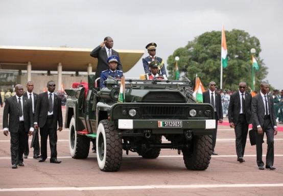 Le Chef de l'Etat Ivoirien lors du défilé militaire