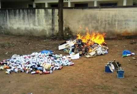 Destruction de produits contrefaits par les Douanes Ivoiriennes