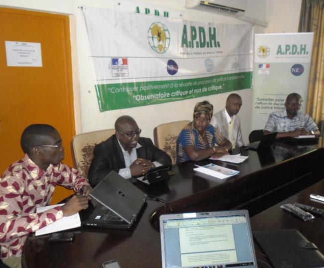 La présidente Diaby Maïba et quelques membres de l'OJT-CI