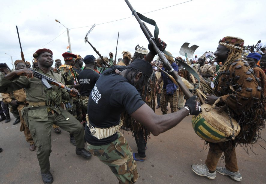 « Les dozos, une véritable milice »