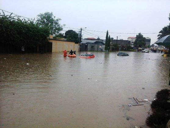 Abidjan a les pieds dans les eaux !