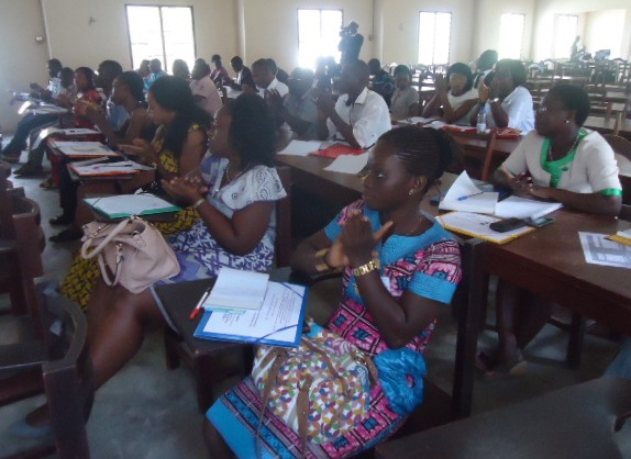 Les jeunes acteurs des droits de l'homme manifestent un intérêt particulier pour le Campus de l'OIDH